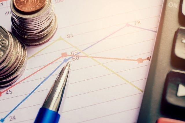 グラフと筆記用具