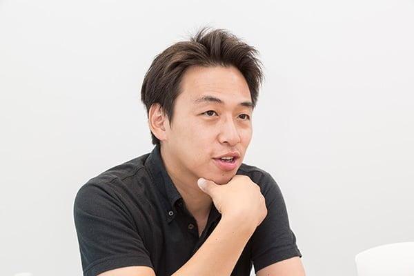 マーケティング部部長川上さん